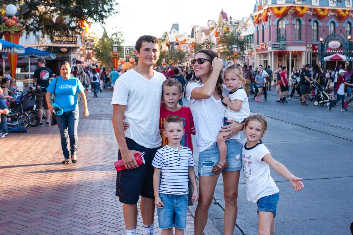 the-fam-bam-takes-disney-2016-0986-2