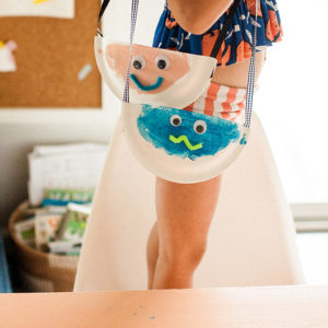 2paper-plate-kid-craft-monster-bags