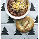 dinner tonight: chili + pretzels