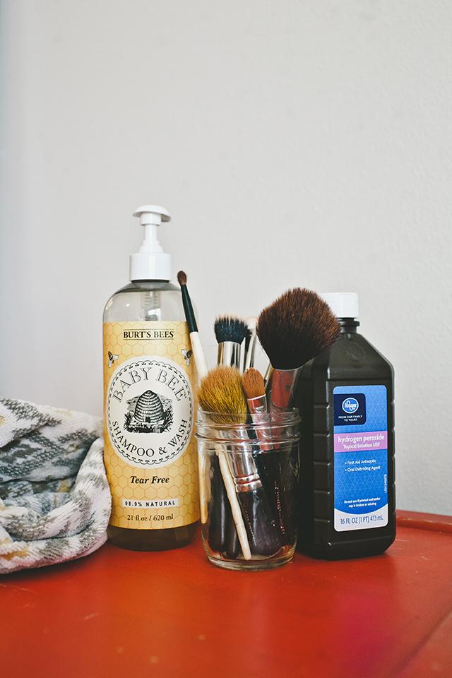 ... diy-makeup-brush-cleaner