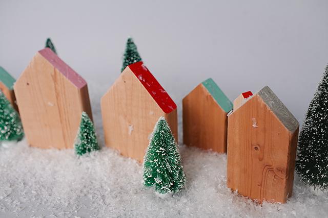 decorative-wood-house-diy-2