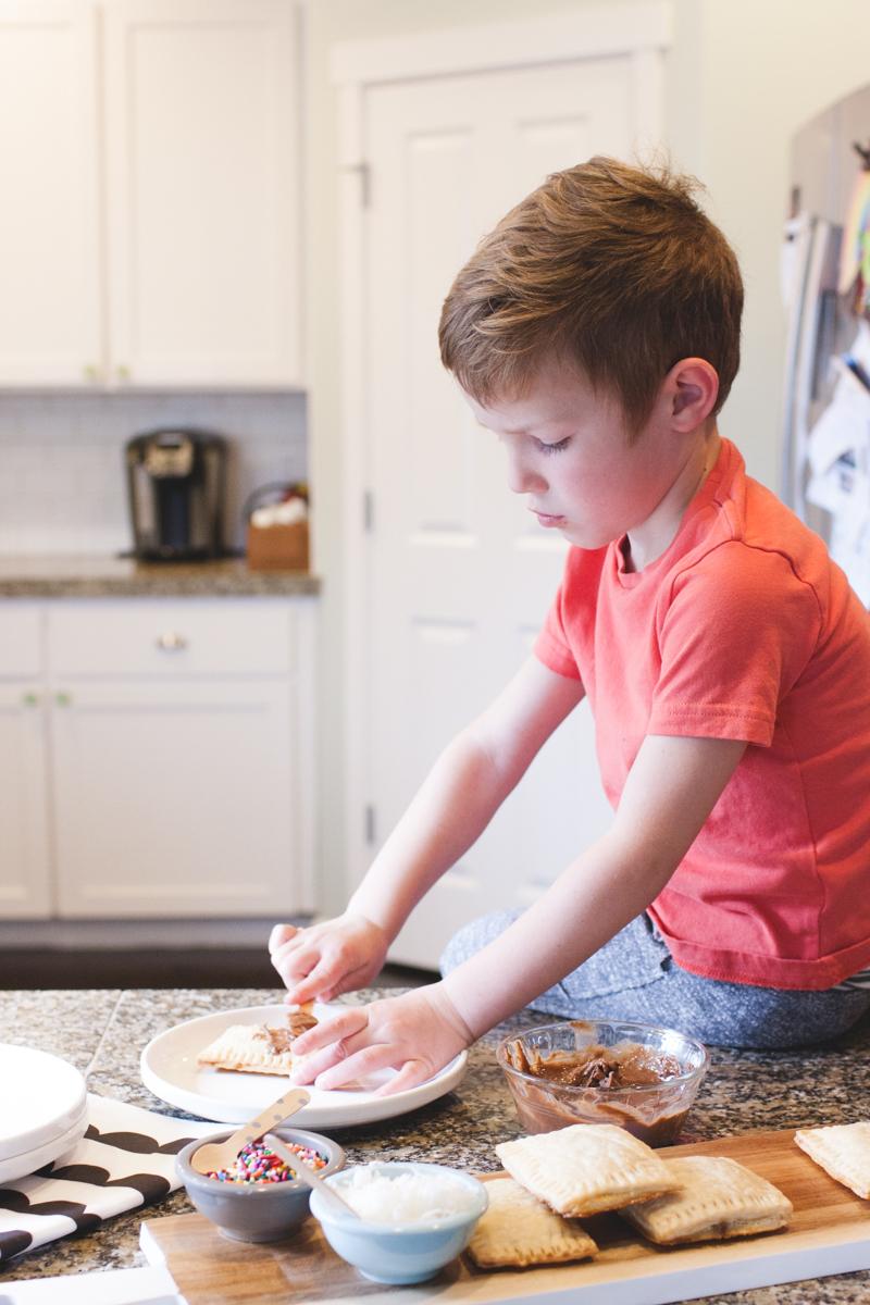homemade pop tarts-0813