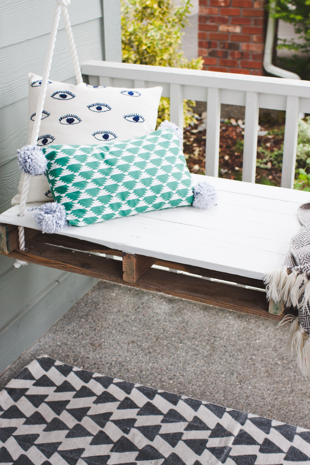 front porch refresh-2068
