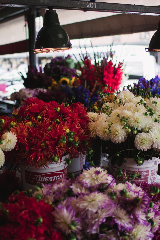 rae-ann-kelly-little-tourist-guide-pike-place-market-0014